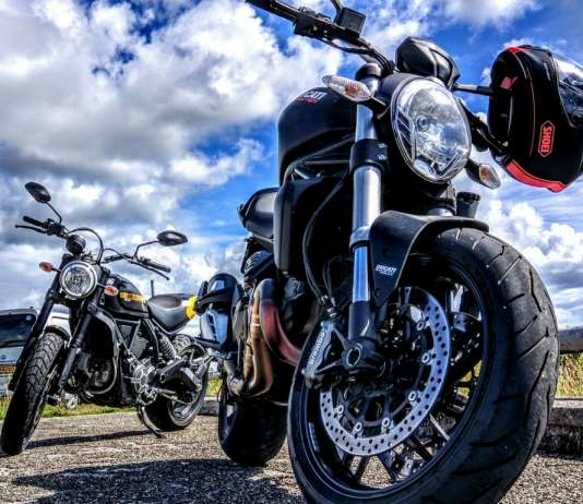 Things to Consider Before Buying a Motorcycle Helmet