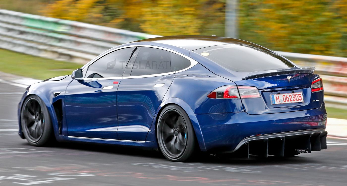 Is Tesla Model S Plaid Worth 140K? A Look Into What All You Get For All That Money