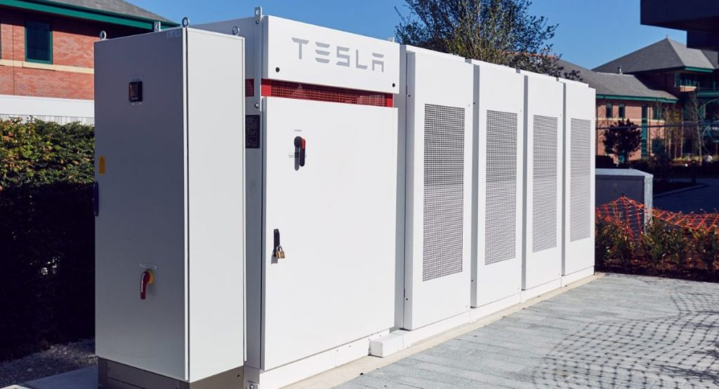 Tesla Provides Powerpack Batteries To 60 Electrify America Charging Stations