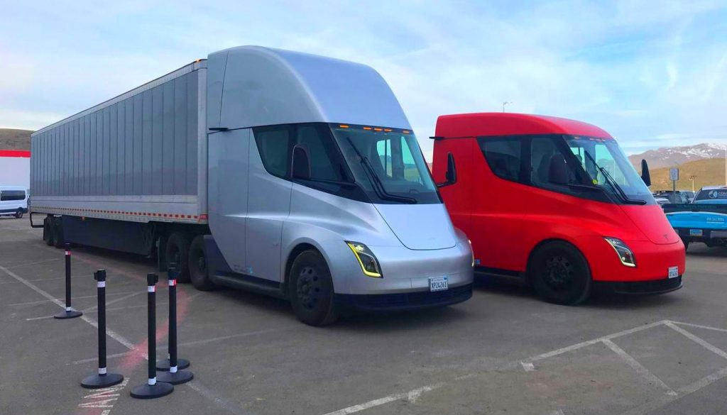 Bill Gates Says Electric Airplanes And Heavy-Duty BEVs Like Tesla Semi Won't Work, Biofuels A Better Option